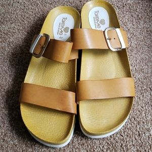 Women's TakeMe Leather Sandals Made in Spain
